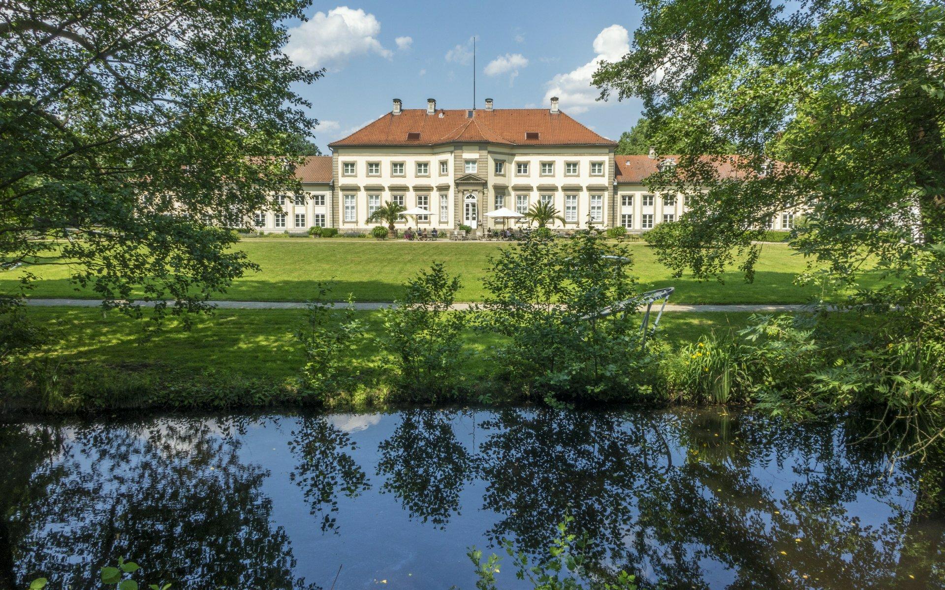 Wilhelm-Busch-Museum vom Palaisgarten