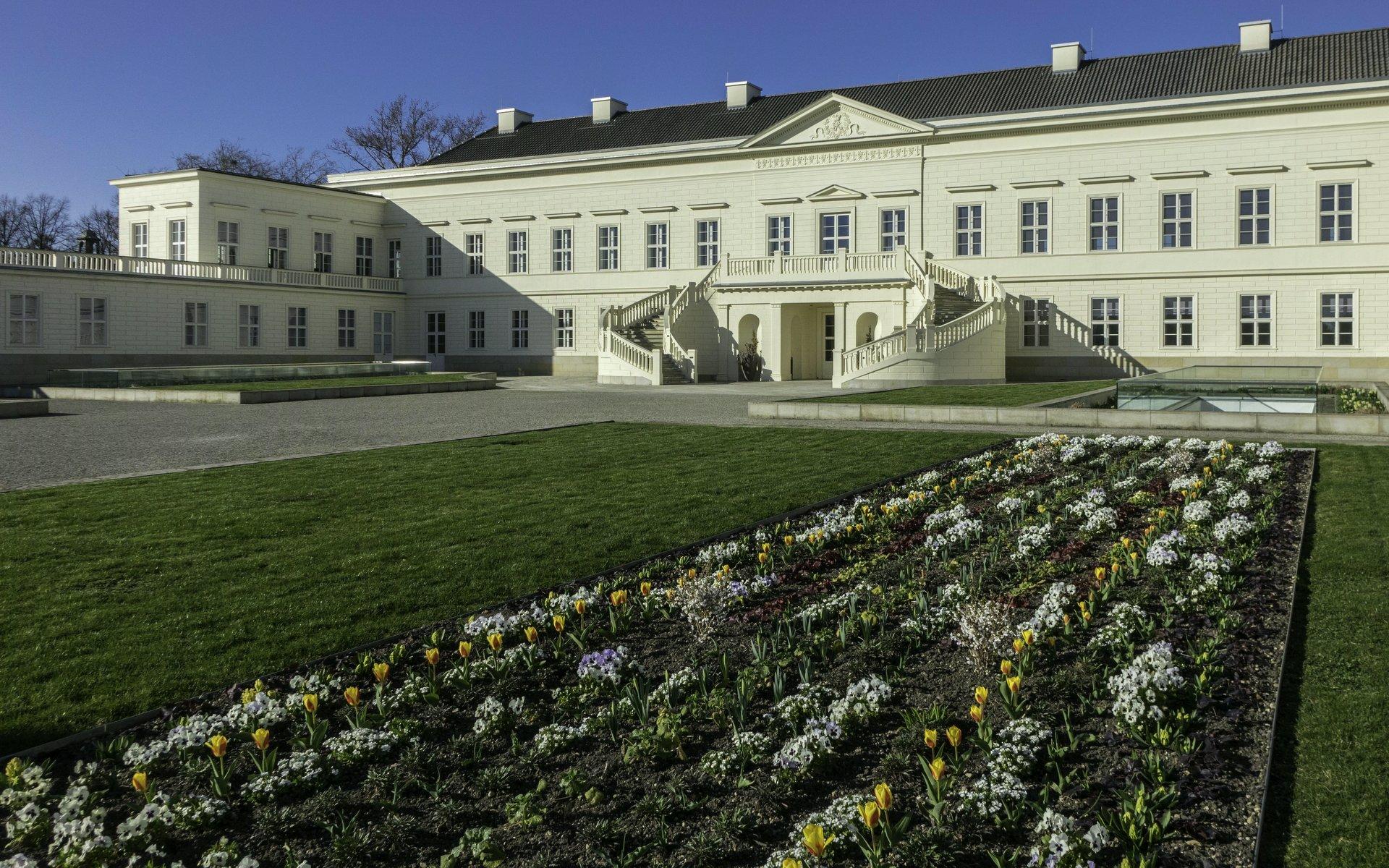 Schloss im Großen Garten