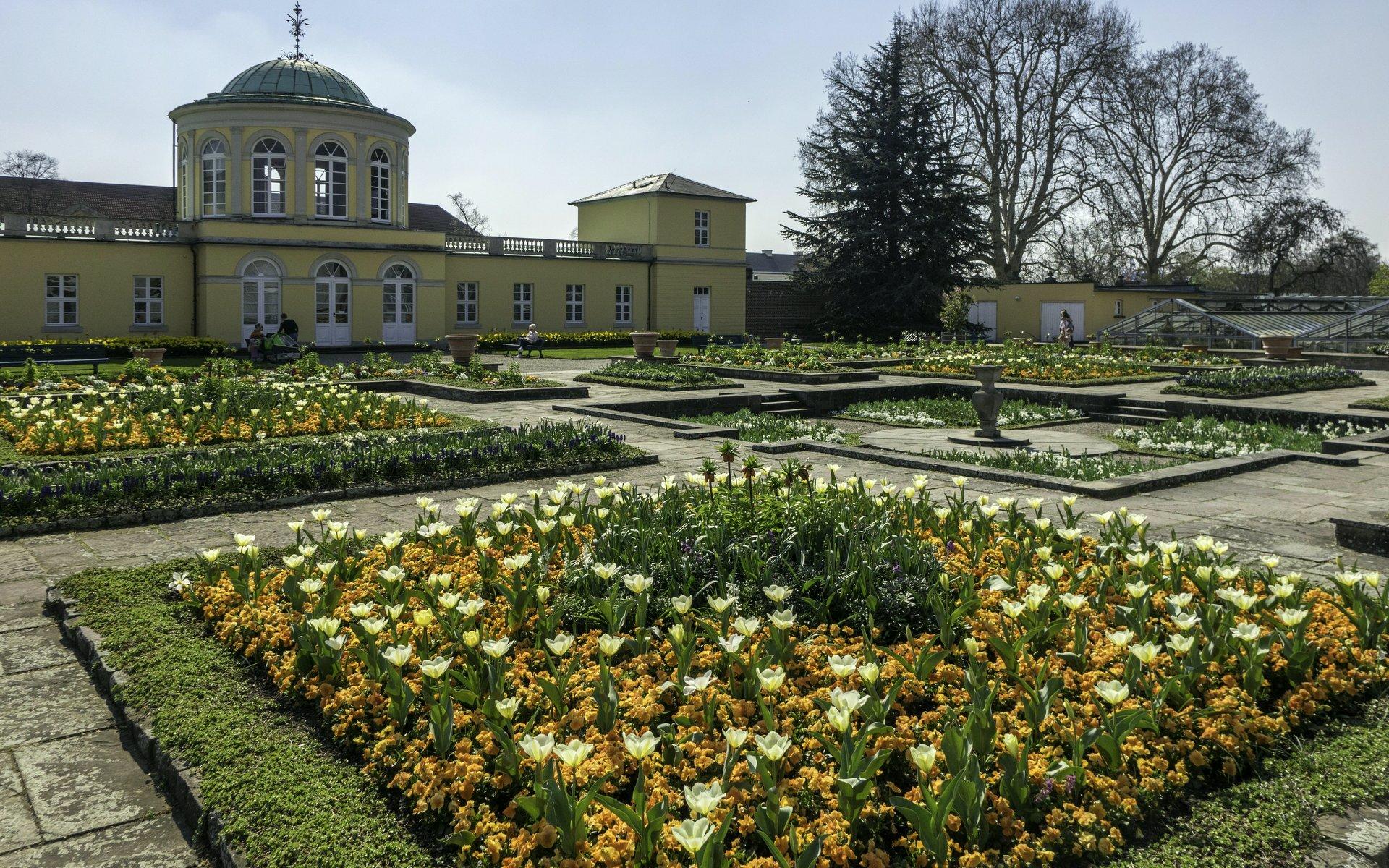 Schmuckhof im Berggarten