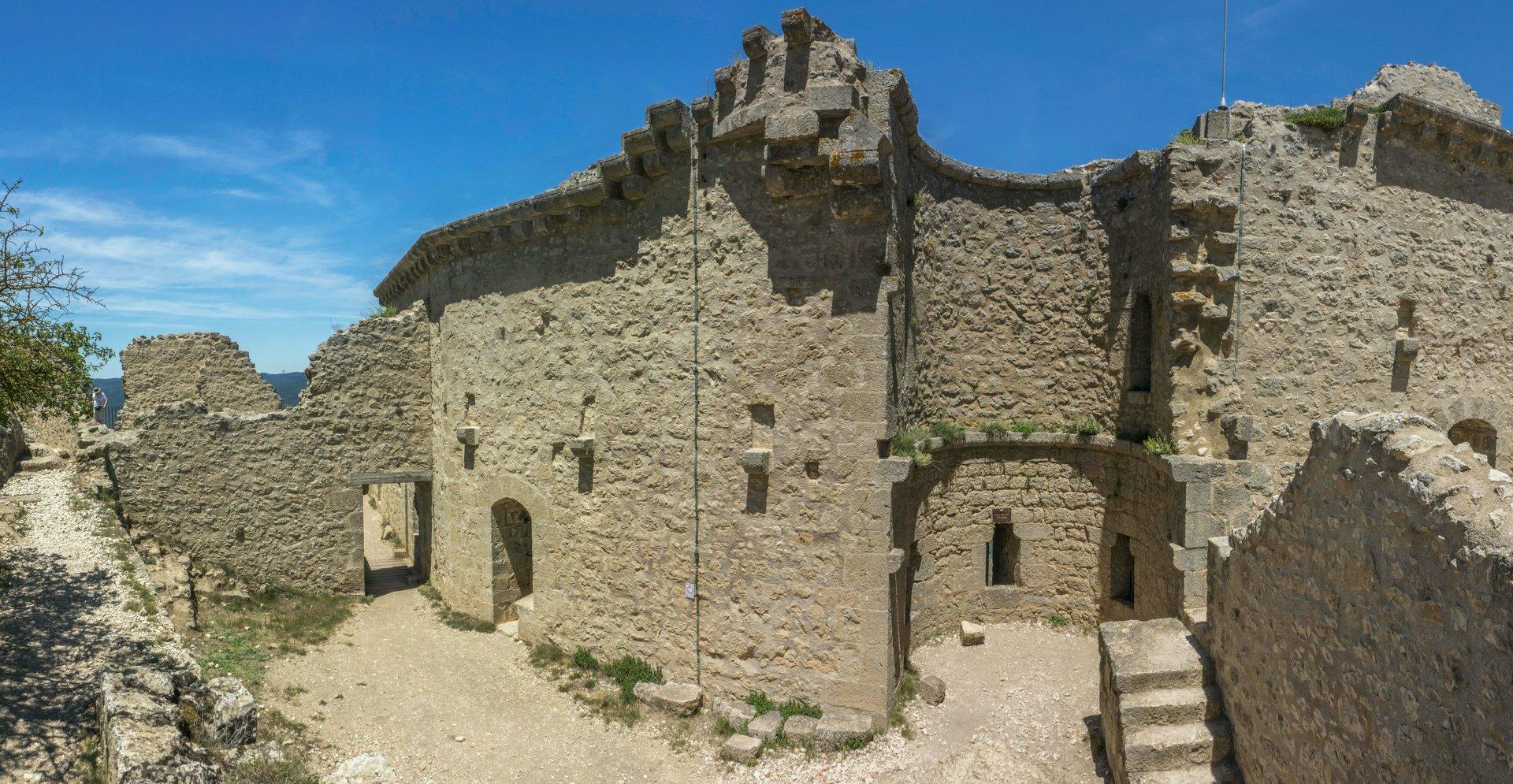 Obere Burg vom Château de Peyrepertuse