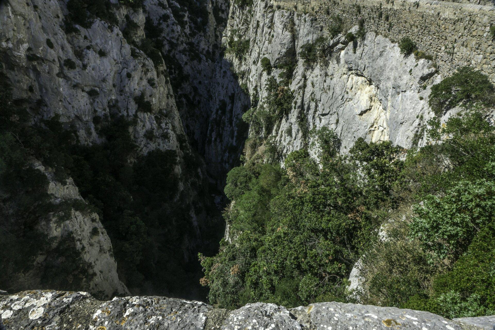 Gorges de Galamus mit Blick auf den Agly