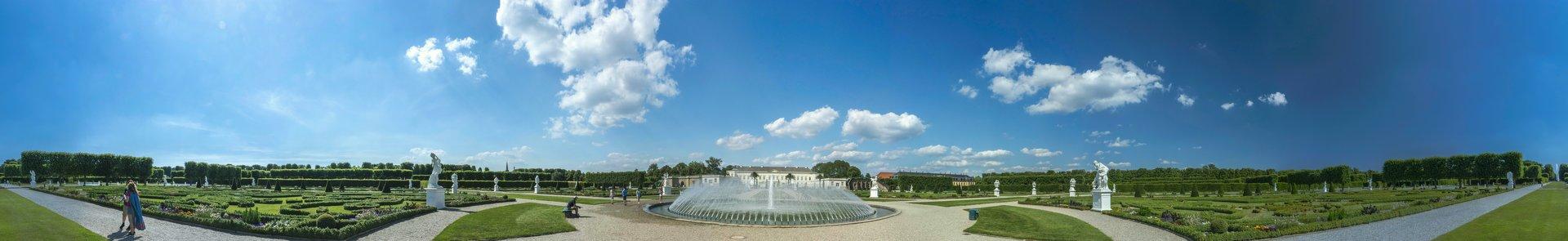360° Panorama des Parterre im Großen Garten