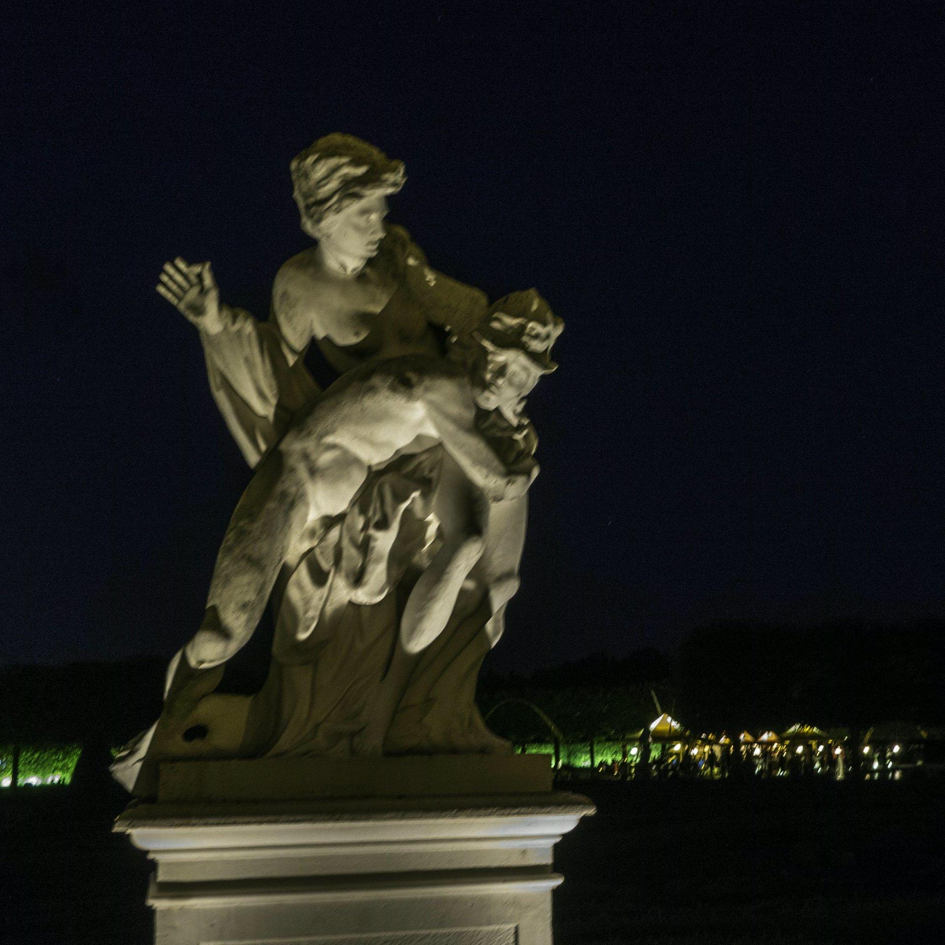 Merkur und Psyche im Parterre des Großen Gartens