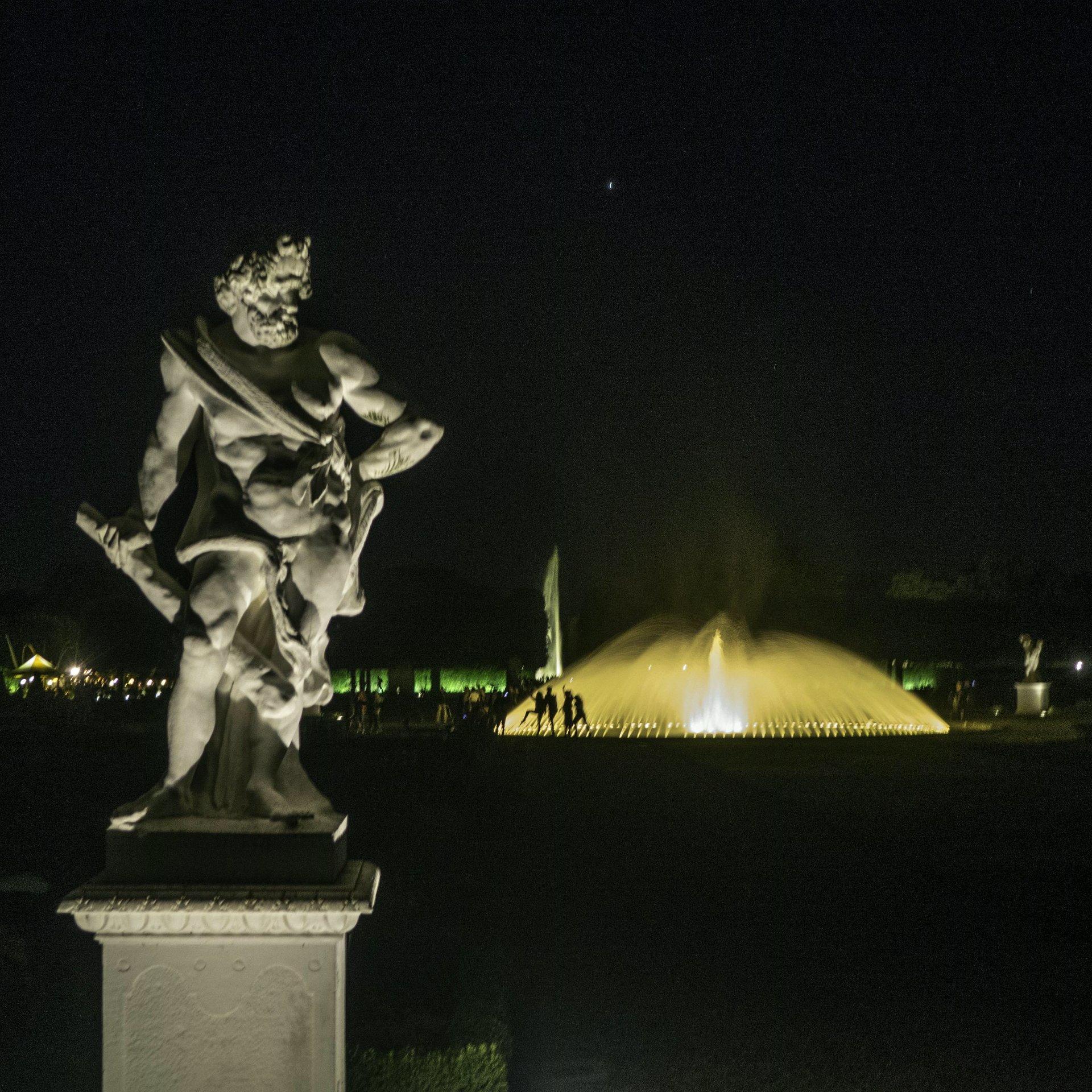 Herkules mit Löwe im Parterre des Großen Gartens
