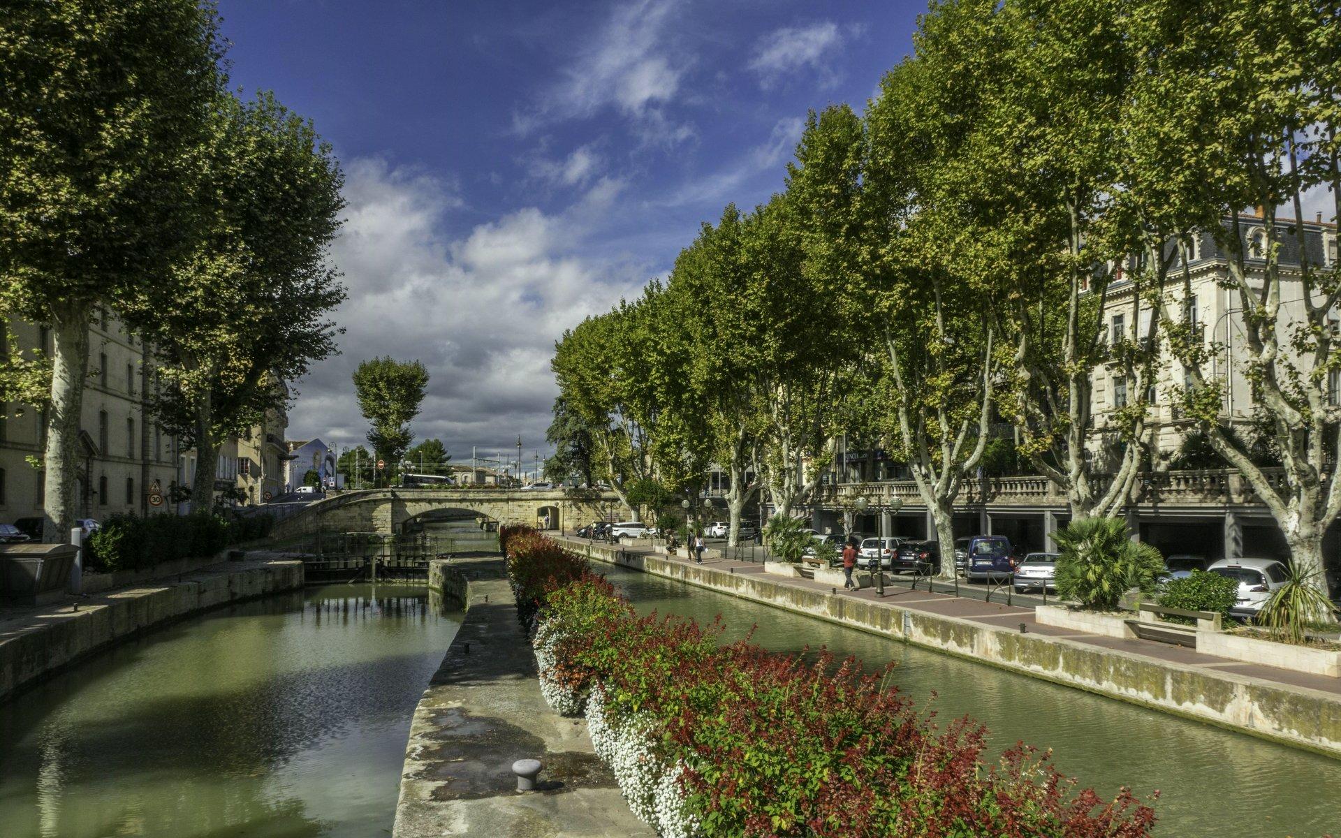 Écluse de Narbonne und Canal de la Robine in Narbonne