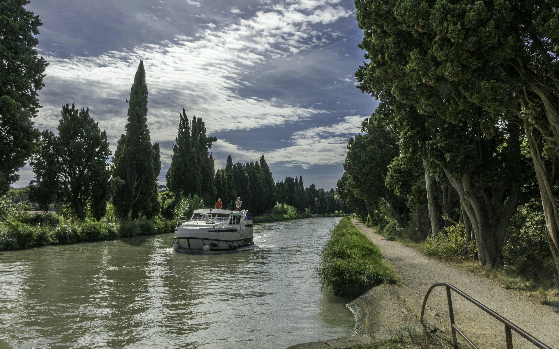 Canal du Midi zwischen Béziers und 9 Écluses de Fonseranes