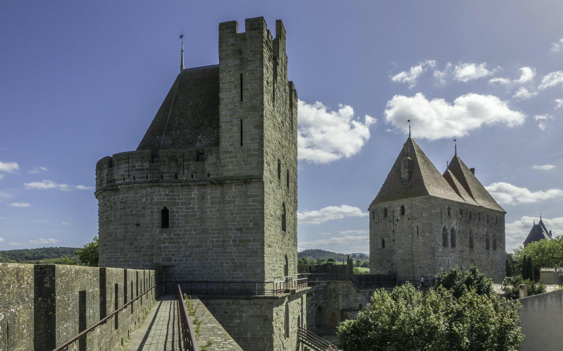 Tour de Tréseau und Porte Narbonnaise der Cité Carcassonne