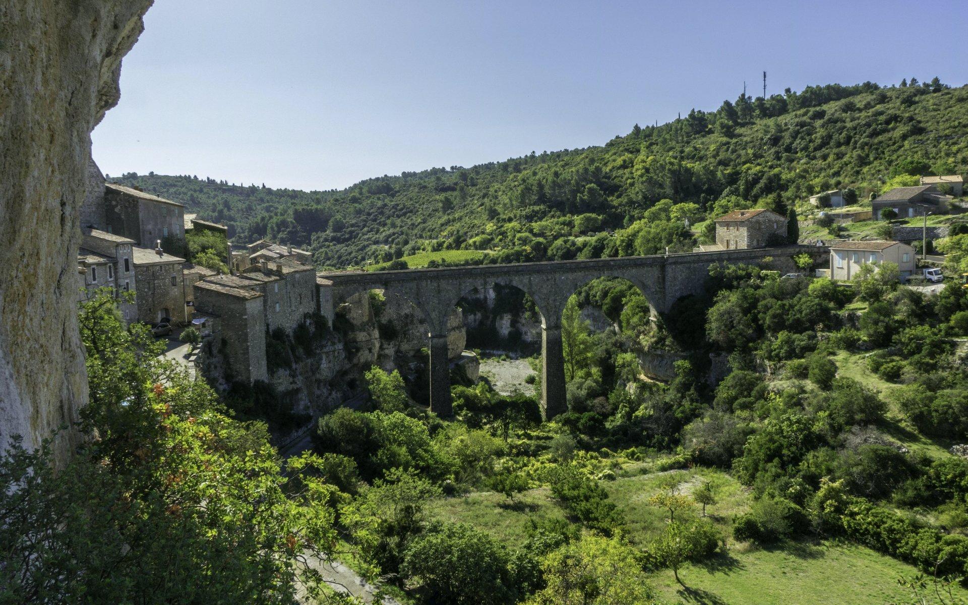 Brücke nach Minerve