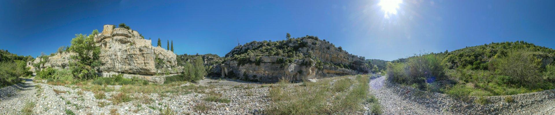 360° Panorama vom Zusammenfluss von Brian und Cesse südlich von Minerve