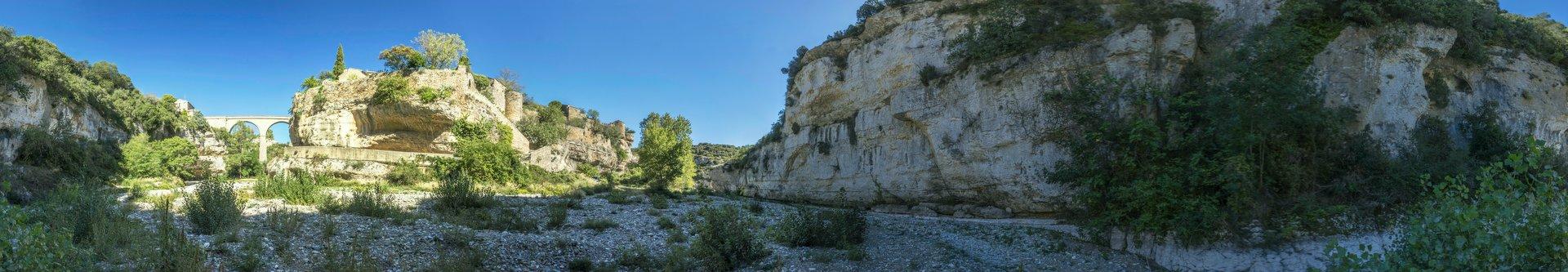 360° Panorama vom Flusstal des Cesse bei Minerve