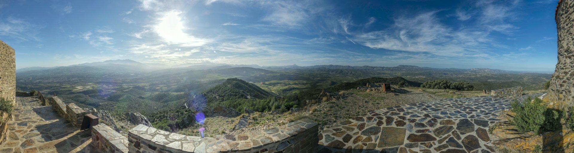Westliches und nördliches Panorama auf dem Força Réal