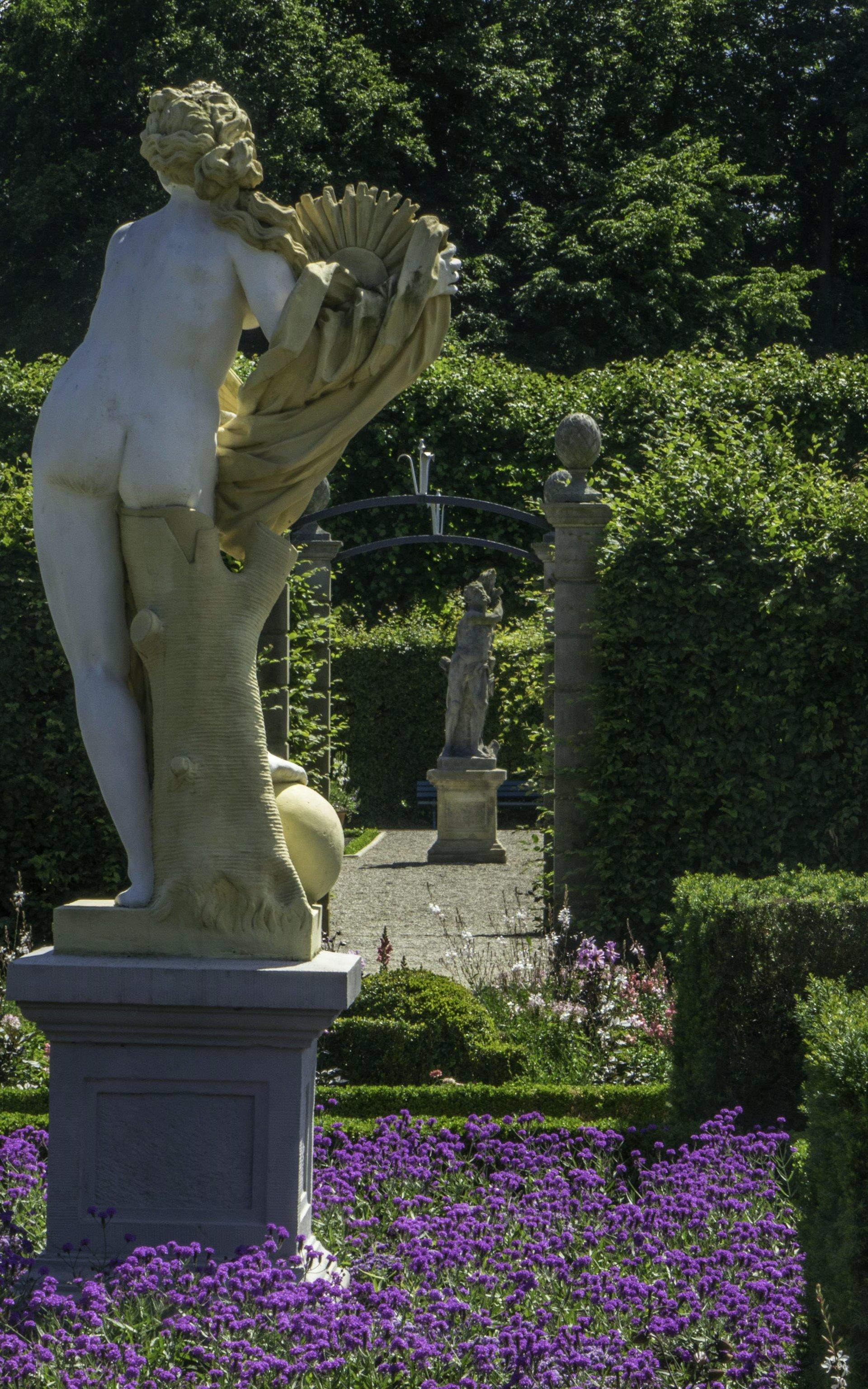 Niederdeutscher Blumengarten und Renaissancegarten im Großen Garten